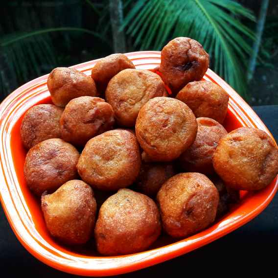 How to make Banana fritters