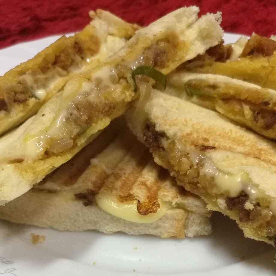 How to make Masala Potato Cheese Sandwitch