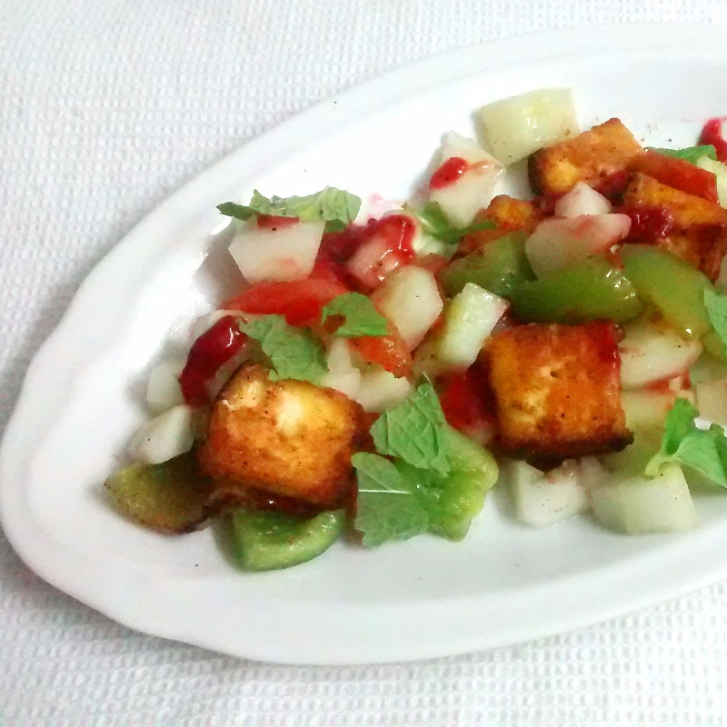 How to make PANEER TIKKA AND VEGETABLE SALAD WITH STRAWBERRY PUREE