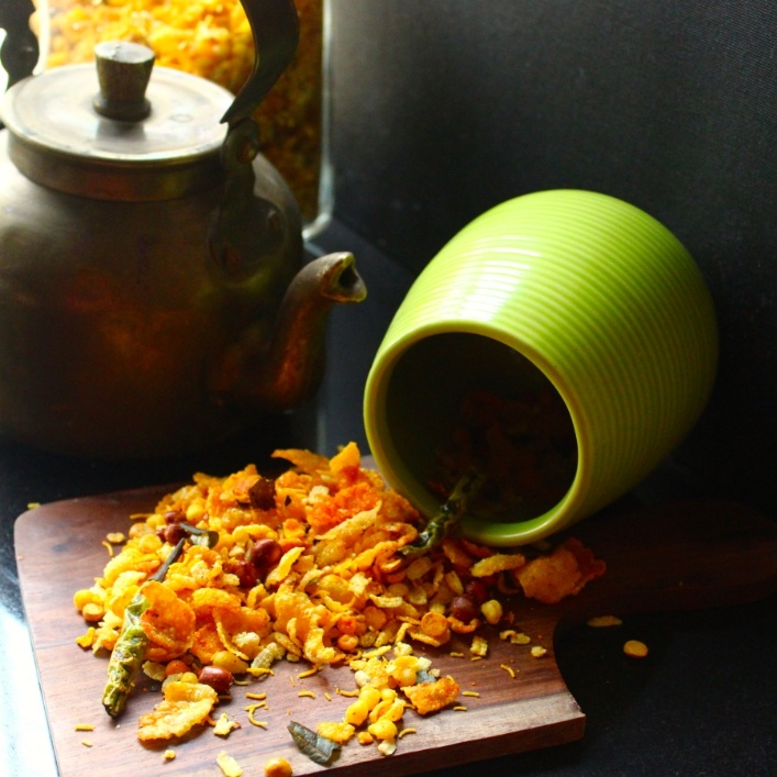 How to make Cornflakes Mixture (Indian Trail Mix using Cornflakes)