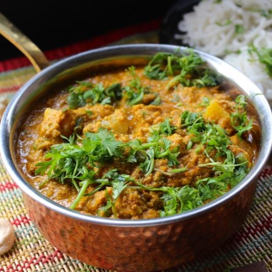 How to make Restaurant Style Veg Kurma