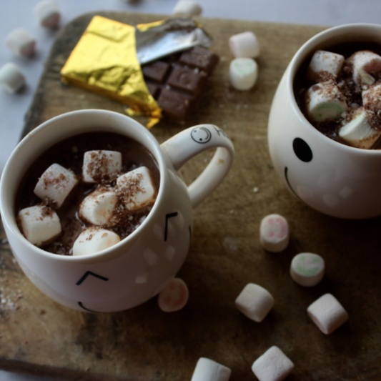 How to make Spiced Hot Chocolate