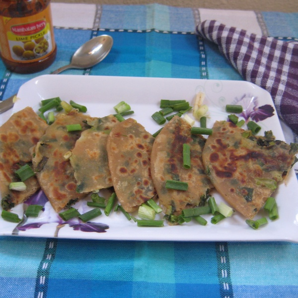 How to make Spring Onion Cheese Paratha