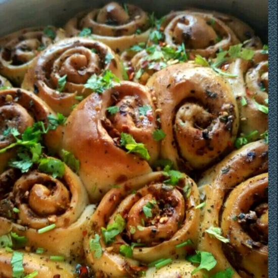 How to make Cheese garlic rolls