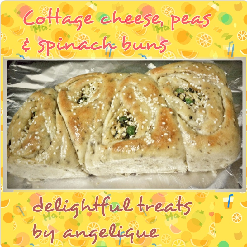 How to make Cottage Cheese, Peas & Spinach Buns
