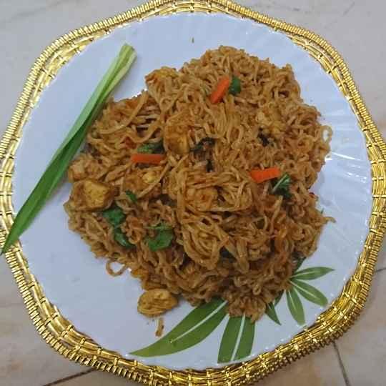 How to make Chicken biriyani noodles