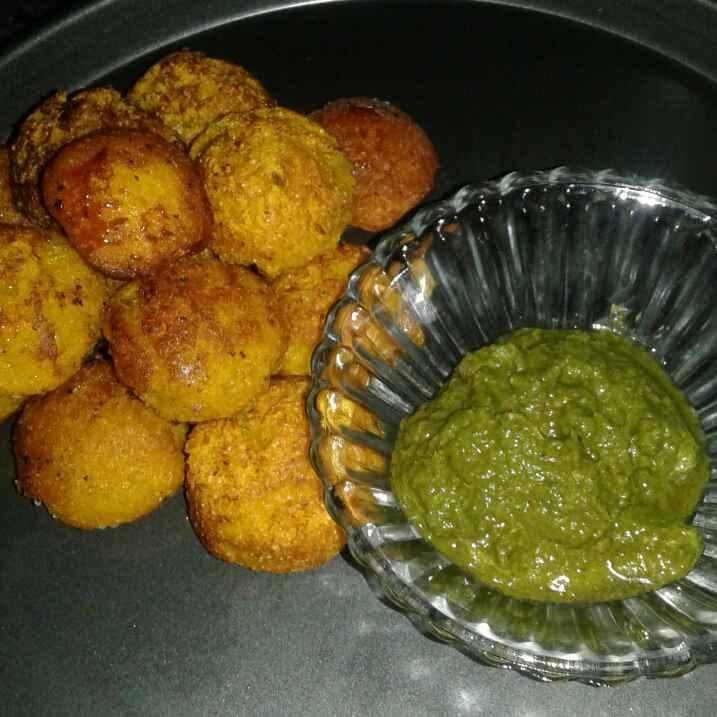 Photo of Mango appe with pudhina chutney by Anita Bhawari at BetterButter