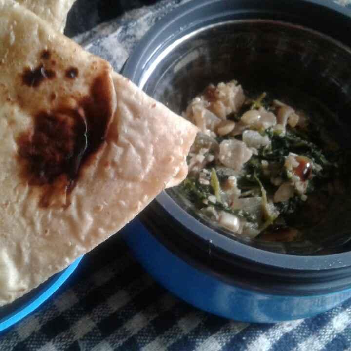 Photo of Methichi bhaji & chapati by Anita Bhawari at BetterButter