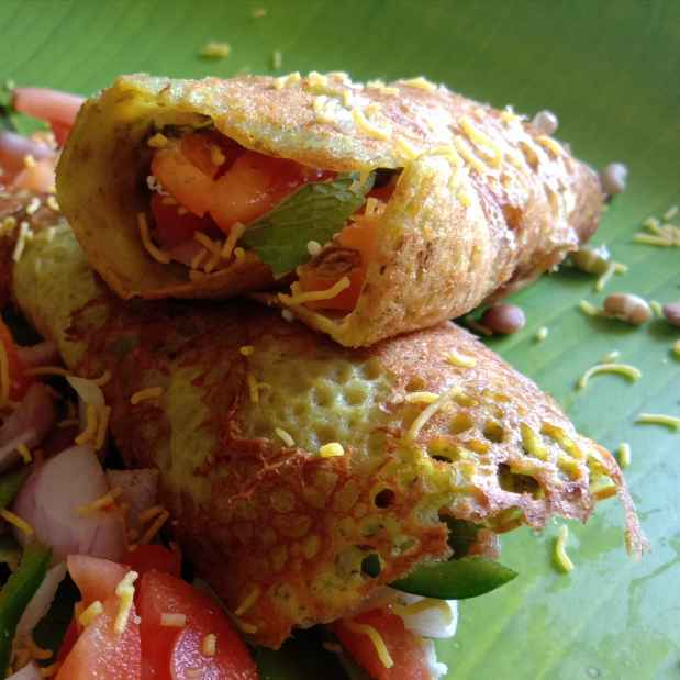 Photo of Mix spraouts chilla fraky roll by Anita Bhawari at BetterButter