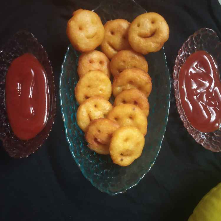 How to make પોટેટો smiley