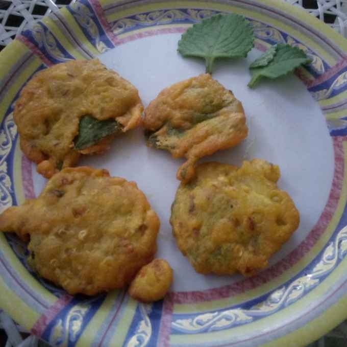 Photo of Ajwain (caraway)leaves fritters by anita uttam patel at BetterButter