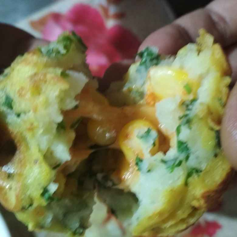 How to make Corn cheese stuffed aalu bonda