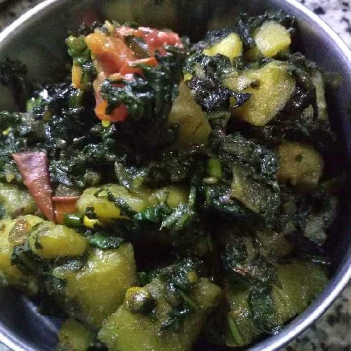 How to make आलू पालक की सब्जी