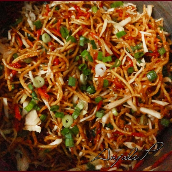How to make Chinese Bhel - Spicy Tangy Fried Noodles