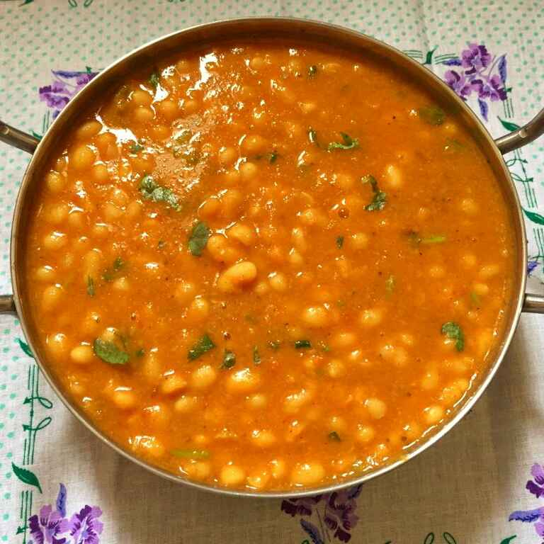 How to make Soya bean curry