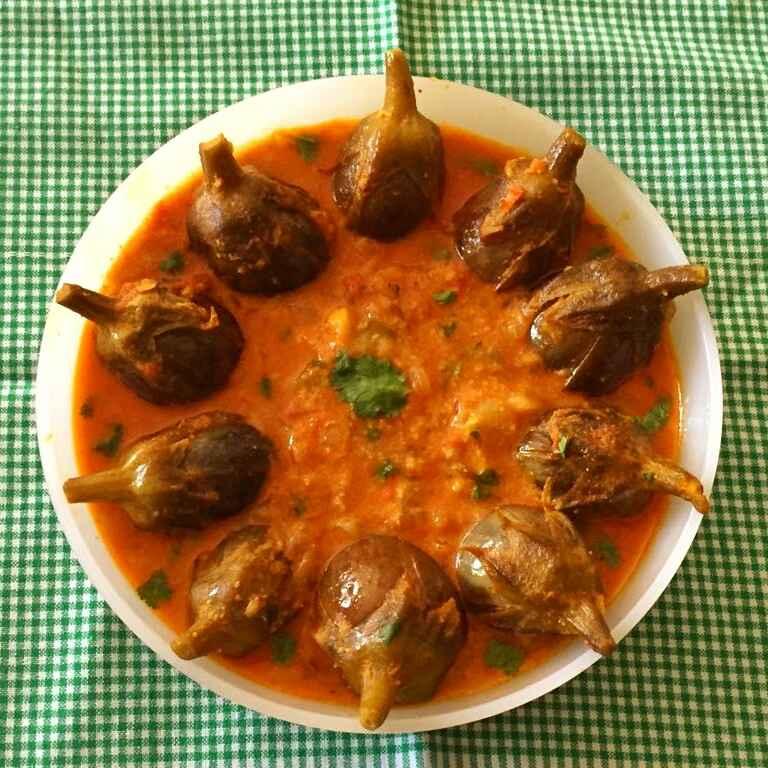 How to make Baingan aloo masala