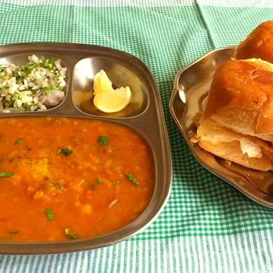 How to make Pav bhaji !!!