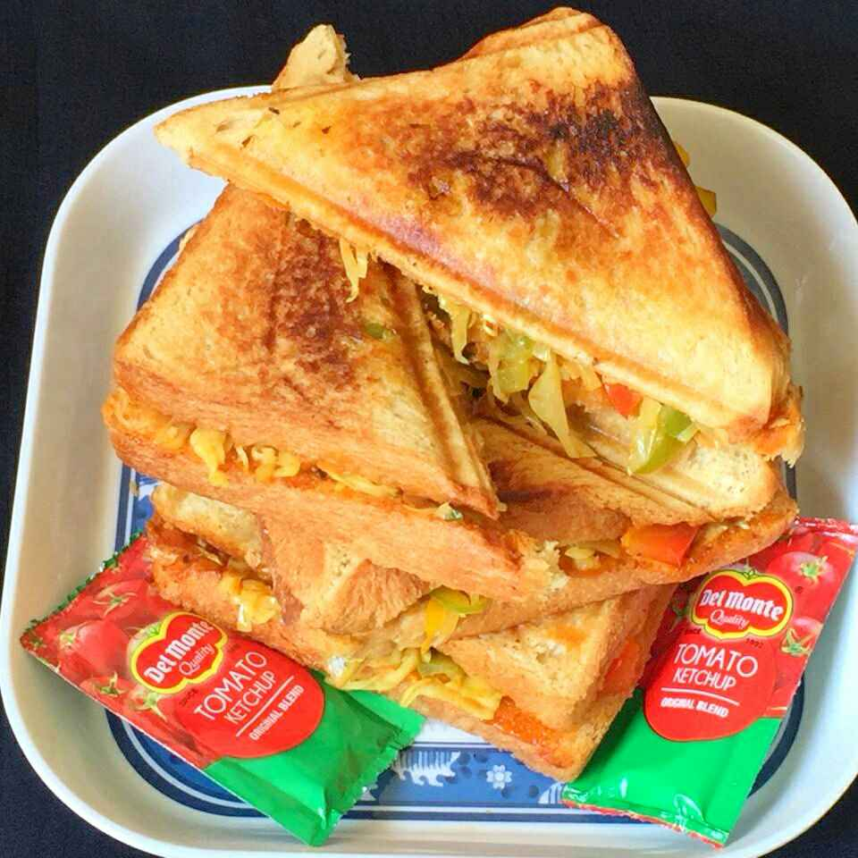 How to make Vegetable Grilled Sandwiches !!