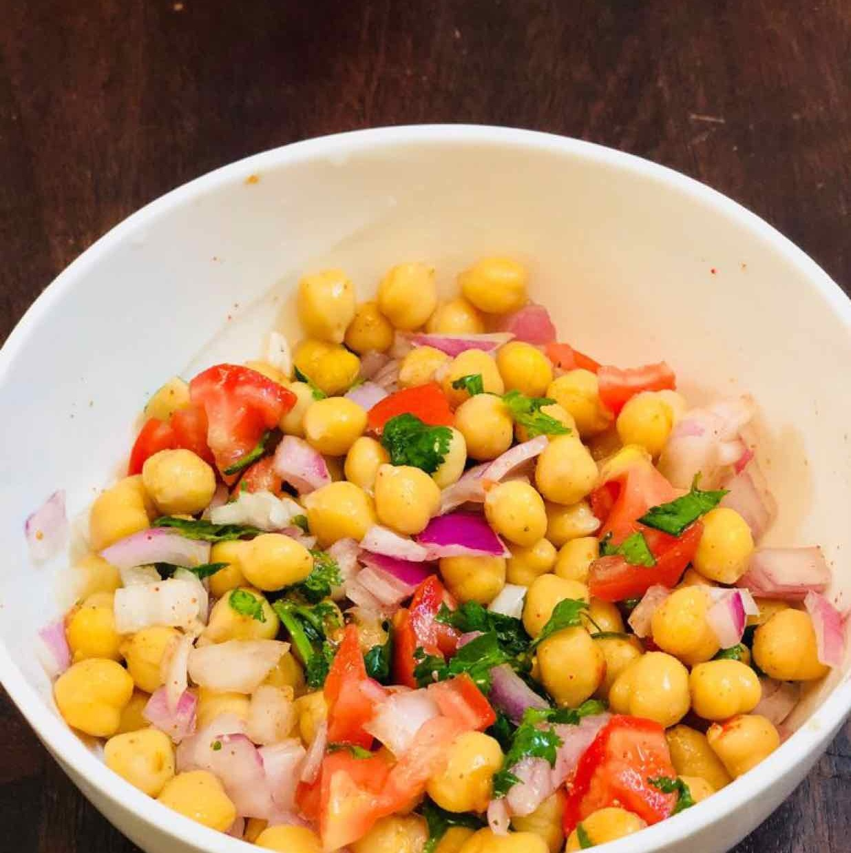 How to make chickpeas salad