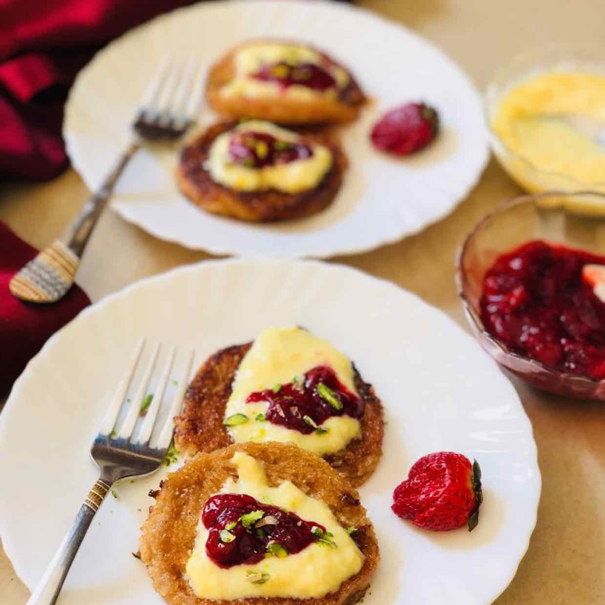 How to make shahi tukda french toast with strawberry compote