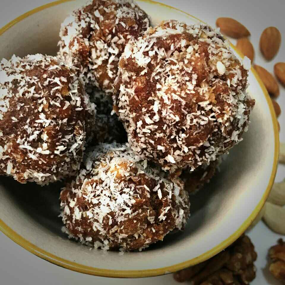 How to make Dates dry fruit laddoos