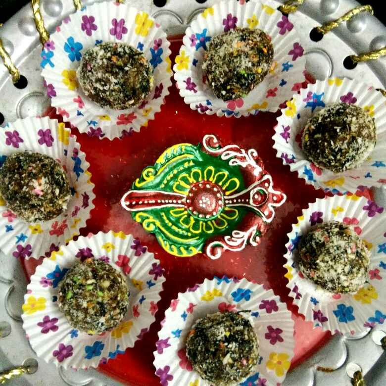 How to make Crunchy Dry Fruit Paan Balls