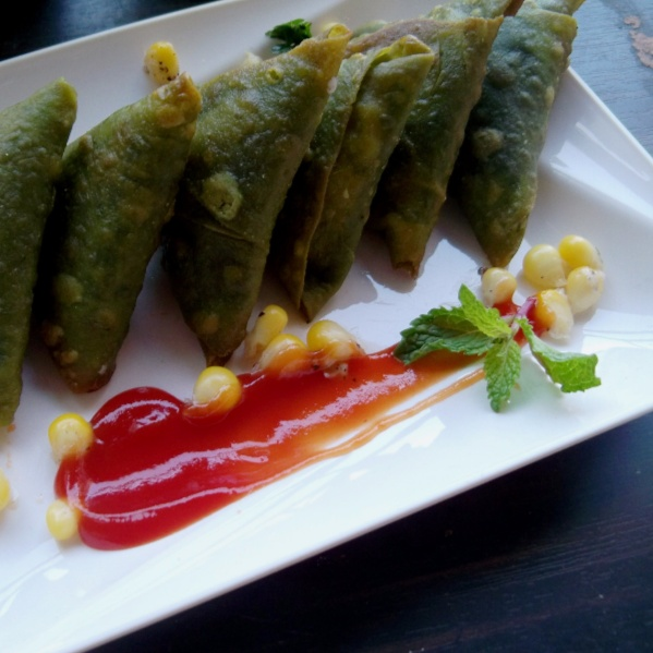 How to make Spinach Cheese Corn Samosa