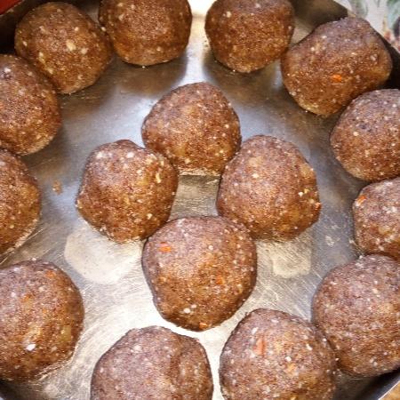 How to make Ragi Ladoos/ Finger Millet Ladoos