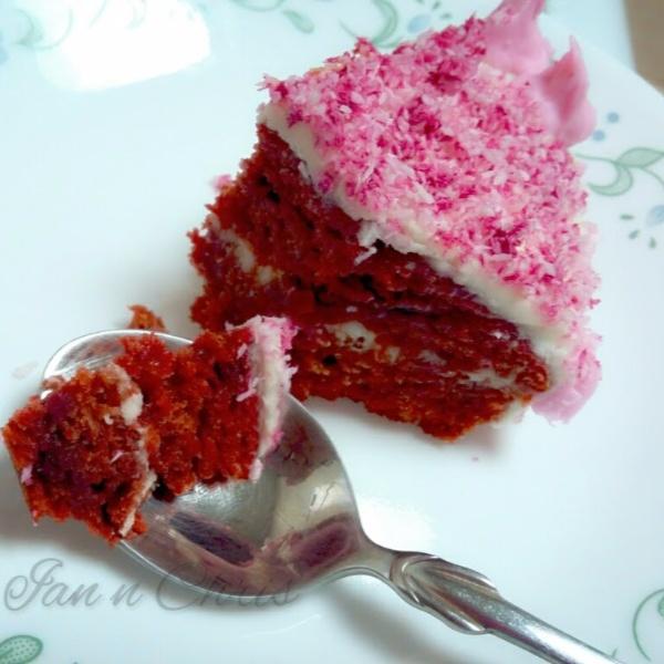 How to make Eggless beetroot red velvet cake