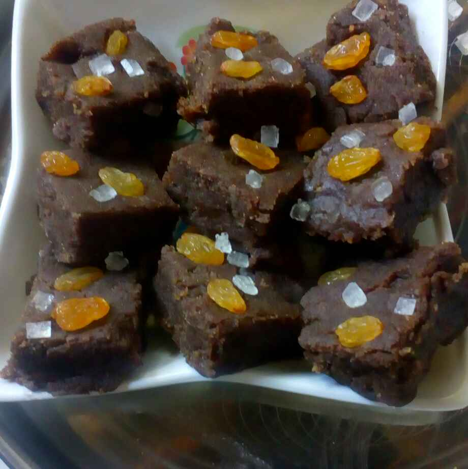 Photo of Millet and wheat flour jaggery burfi by మొహనకుమారి jinkala at BetterButter