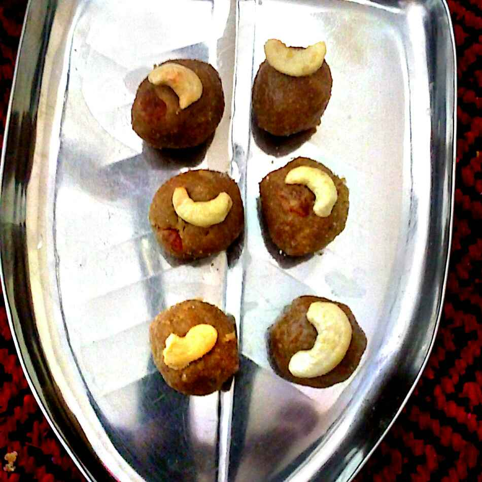 Photo of FOXTAIL millet honey ladoo  by మొహనకుమారి jinkala at BetterButter