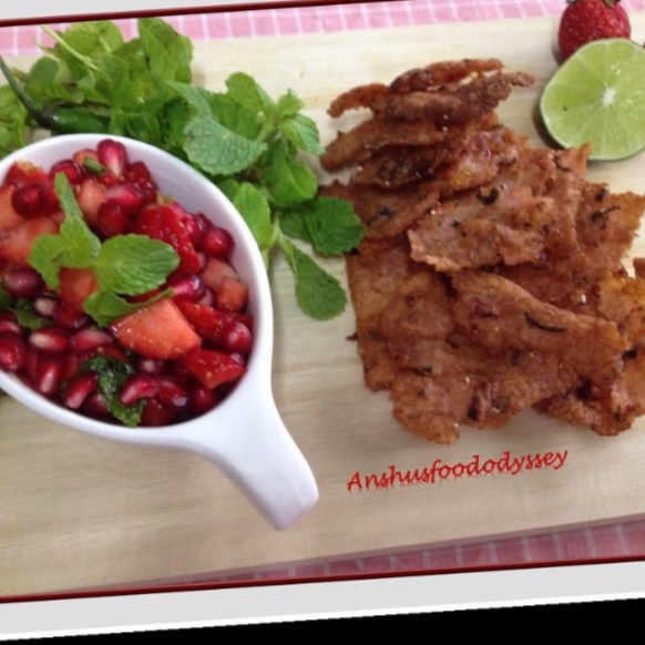How to make Strawberry flavored Samak Chips with Pomegranate Salsa