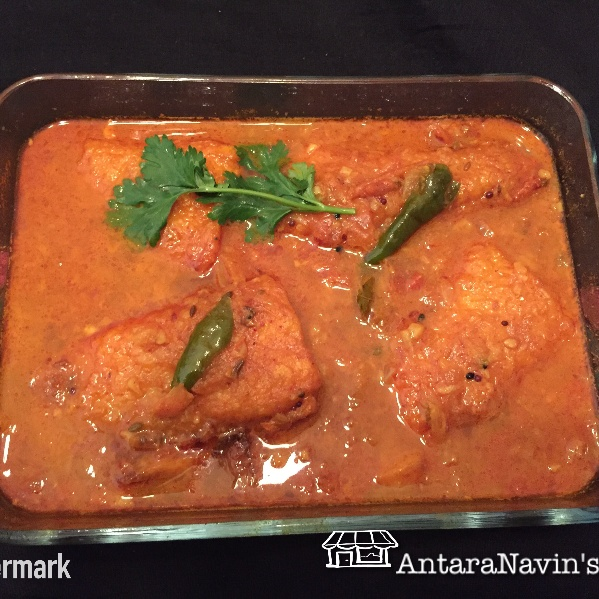 How to make Bengali Macher Jhol (Fish curry)