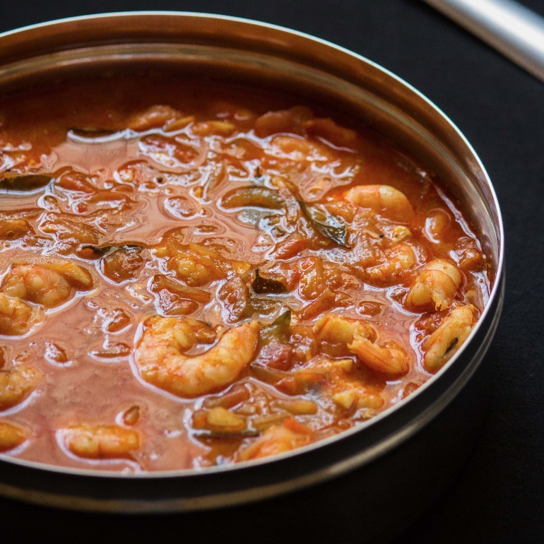 How to make Kerala Style Prawns Curry