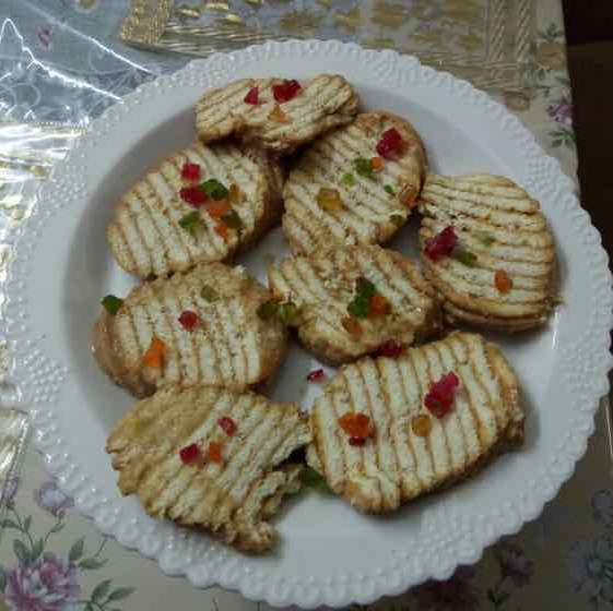 How to make Marie Parle biscuit cake