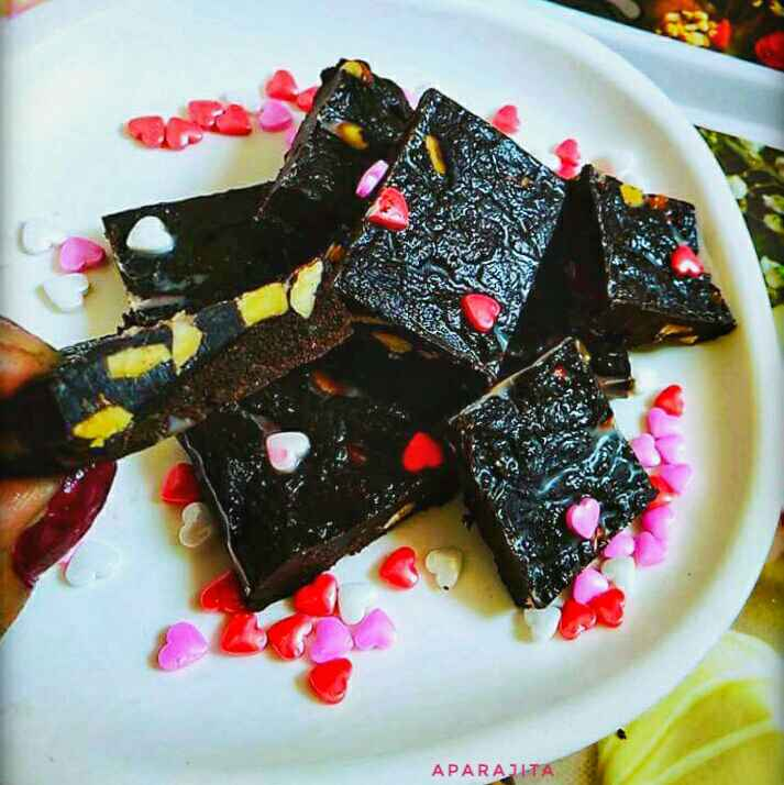 Photo of Chocolate Walnut Fudge by Aparajita Dutta at BetterButter