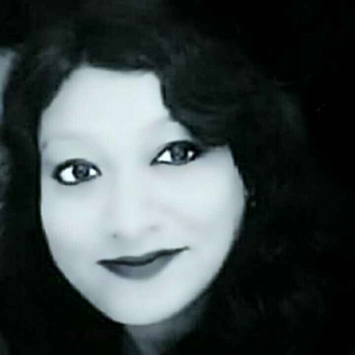 Aparajita Dutta food blogger