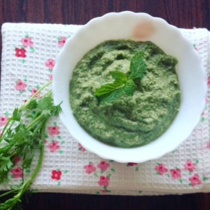 Photo of Mint, coriander and coconut chutney by Aparna Parinam at BetterButter