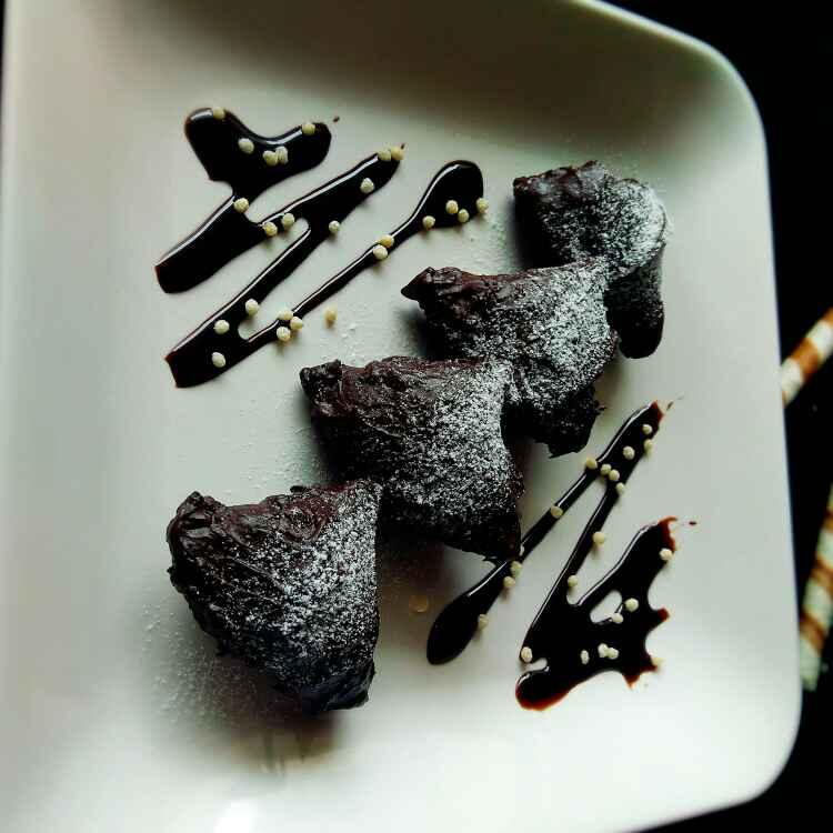 Photo of Chocolate samosa by Apeksha's Kitchen at BetterButter