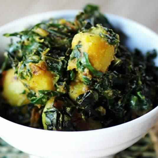 How to make Aloo saag