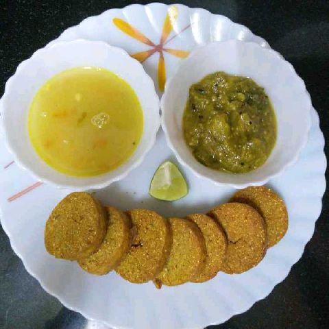 How to make Dal Batti (Khandeshi style)
