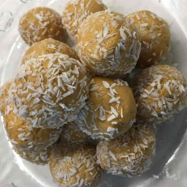 Photo of Besan Ladoo by arvinda visani at BetterButter