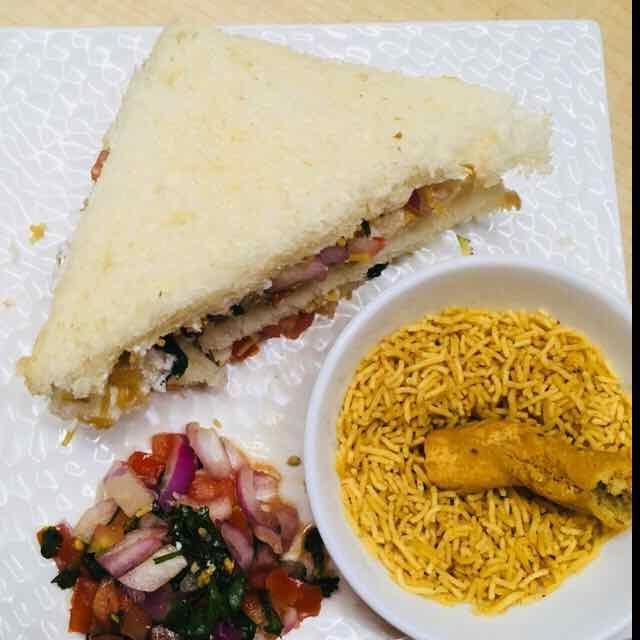 How to make Bhujia Sandwich