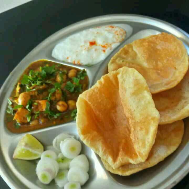How to make Chole masala with Ajwain puri