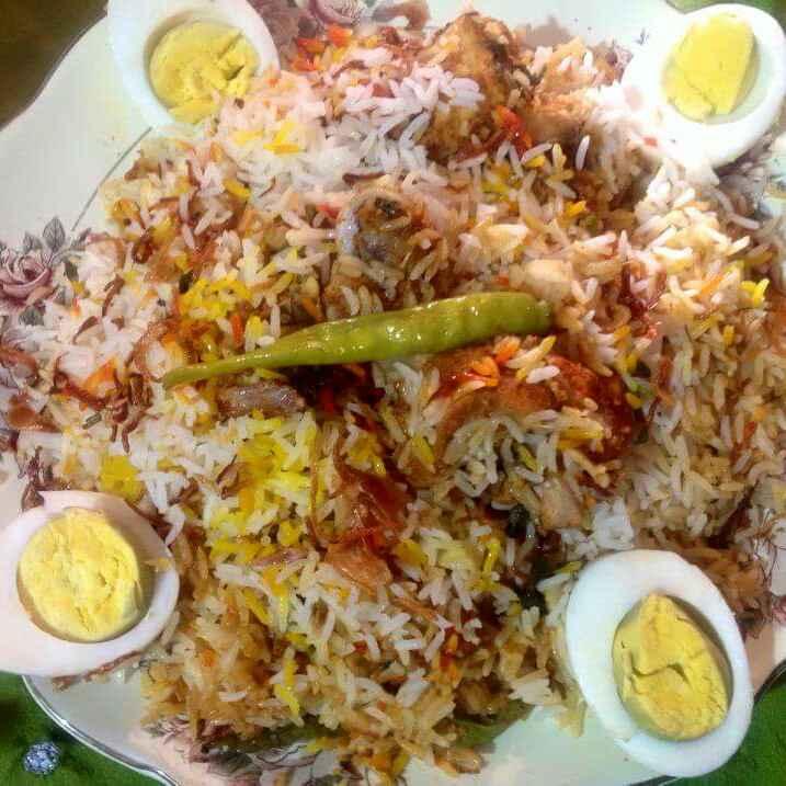 How to make Hyderabadi kacchi murgh dum biryani