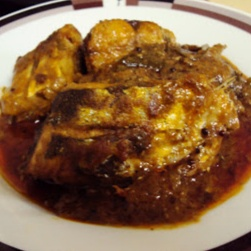 How to make Spicy fish curry
