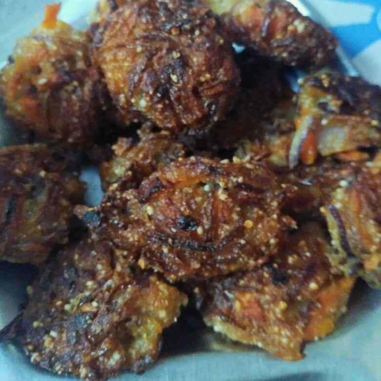 Photo of Onion pakoda by Atreyee Deb at BetterButter