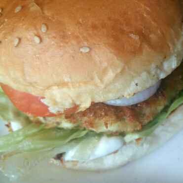 Photo of Veg Burger(Potato-Paneer Patty) and  Oven Baked Fries by Avin Kohli at BetterButter