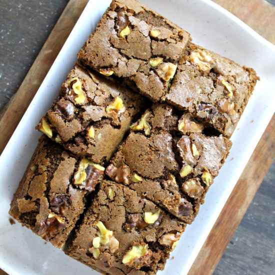 How to make Eggless Ragi & Whole Dark Chocolate Wheat Brownies With Walnuts
