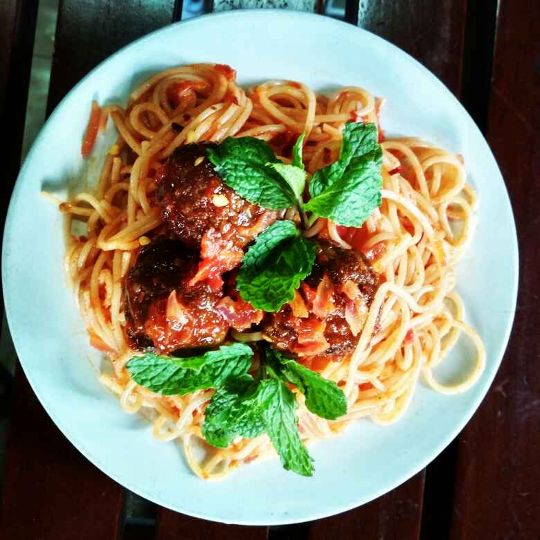 Photo of Spaghetti and meatballs by Ayesha Israt at BetterButter